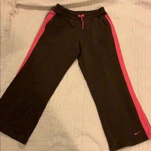 Girls Nike wide leg sweatpants